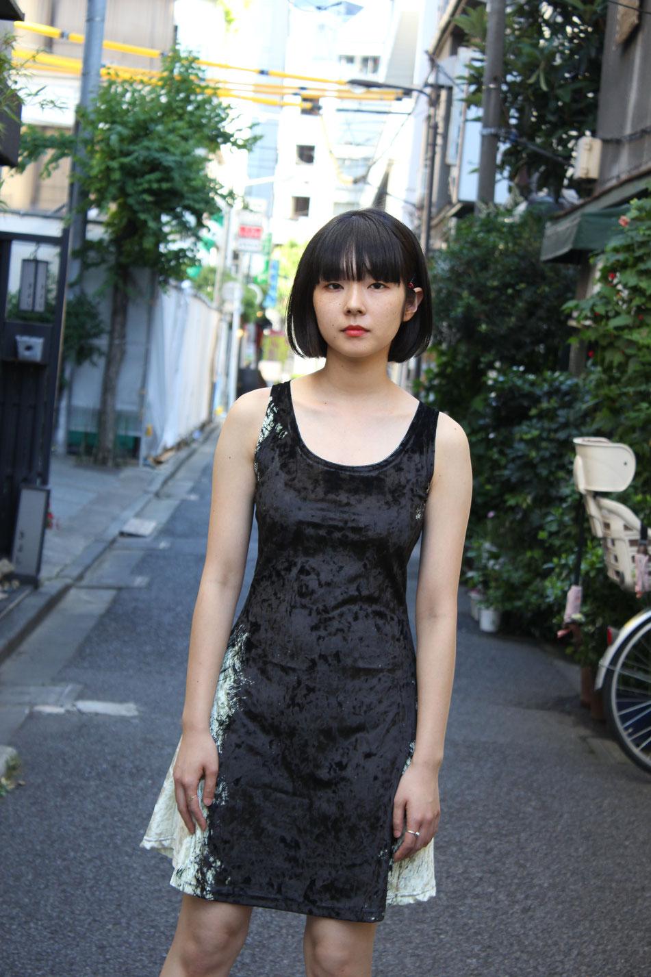 UGETSU DRESS / VELOURS             model:  aiko  shiomura