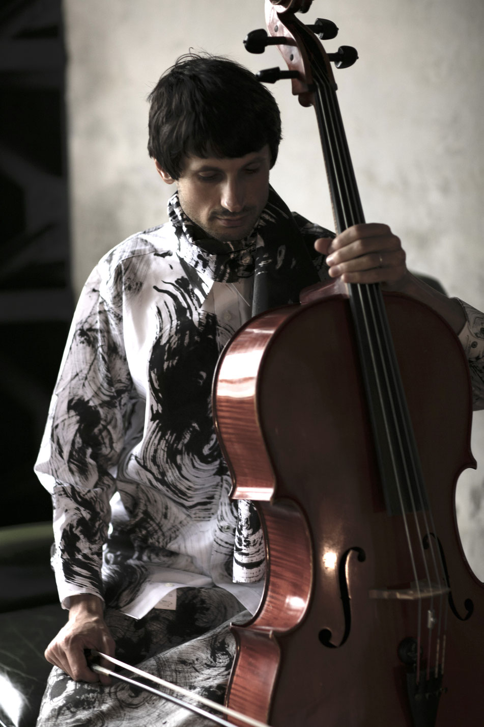 UGETSU SIRTS     model :  Pere Jovanov   /    photo: Ikuo  Kubota