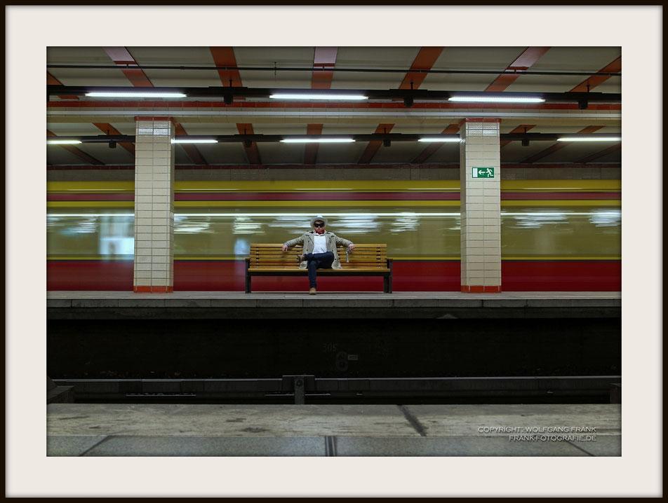 #008 Lone Ranger At Nordbahnhof (Testshot) - Fine Art Print auf Museo Silver Rag, 100% Baumwolle, Naturweiß, gepuffert, schwarzer Galerierahmen mit Passepartout