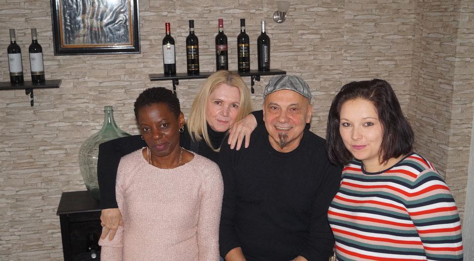 Kurz vor der Eröffnung des Trattoria Salina in Genthin (von links): Odalis Amelia Mundrj, Ivana Adamcova, Claudio Bartolo und Nicole Krause. Foto: Alpha-Report
