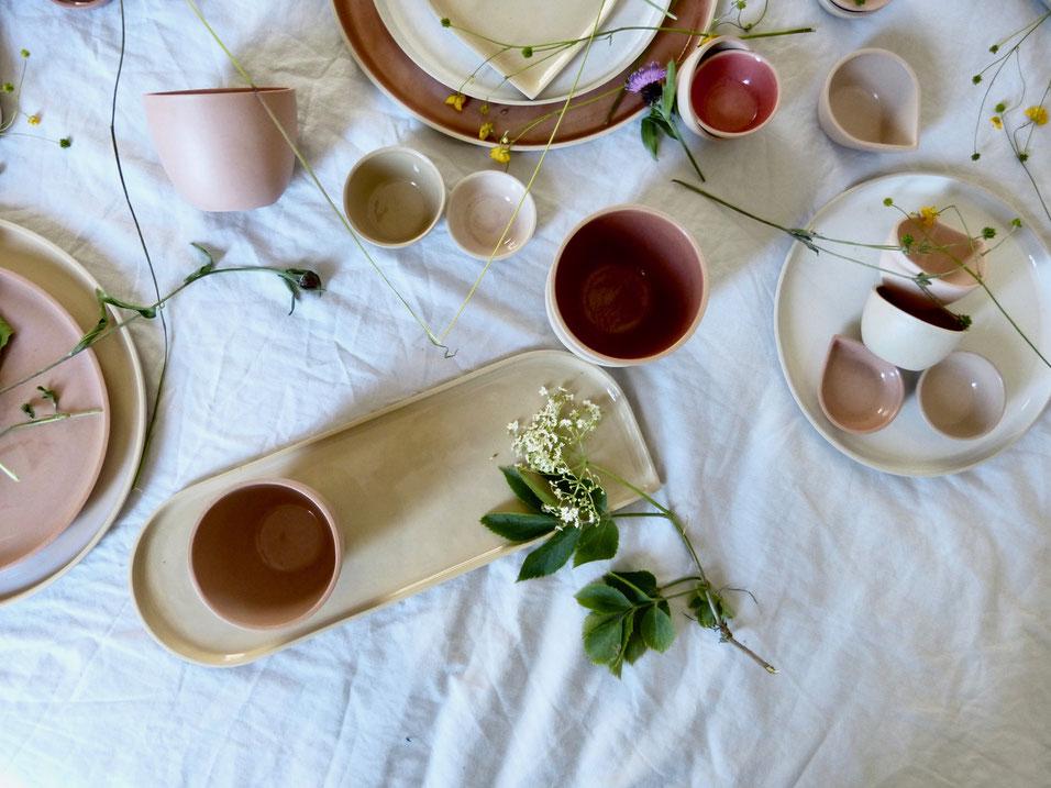 ceramic design by ilona van den bergh, OnA tableware, summer collection 'UM20'. for sale from July 1 2020