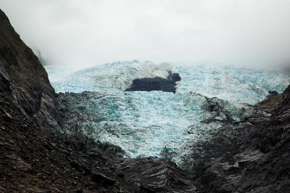 Der Franz-Josef-Gletscher aus 750 Metern Entfernung.