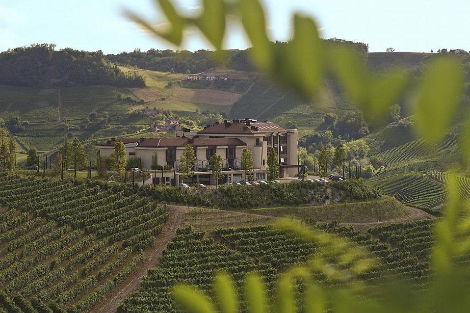 Piemonte Golfhotel Golfferien Golfpkaete Italien Golfreisen Alba Trüffel Italia Golf & More Italien Golf Green-Fees Ferien Pauschalreise