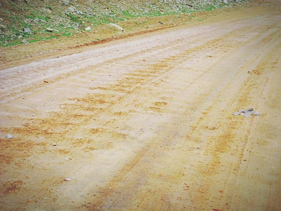 bigousteppes mongolie route camion tole ondulée