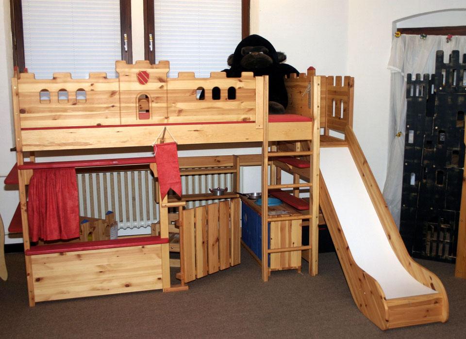 abenteuerbett hogwarts mit rutsche kiefer massivholz vom. Black Bedroom Furniture Sets. Home Design Ideas