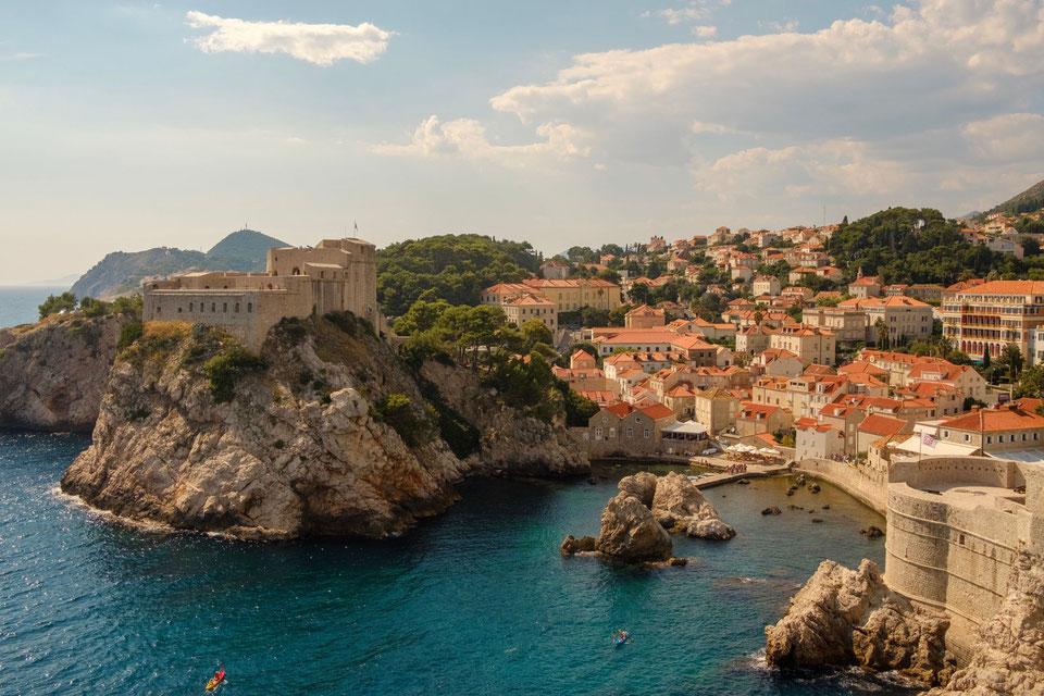 KROATIEN -  Orte schaffen geistiges Wohlbefinden Photo by Morgan on Unsplash-Dubrovnik-Croatia