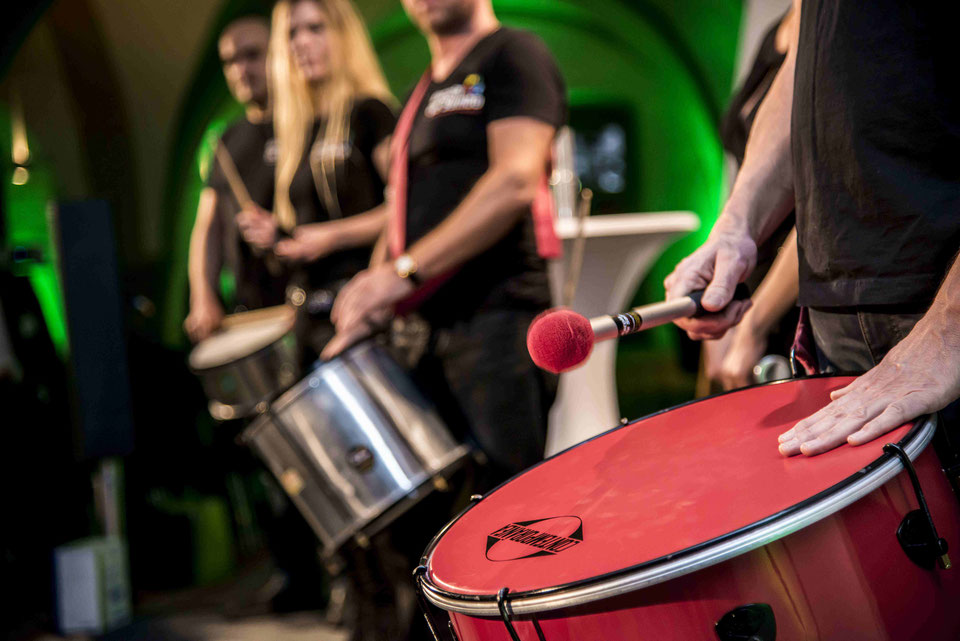 Samba Team-Drumming