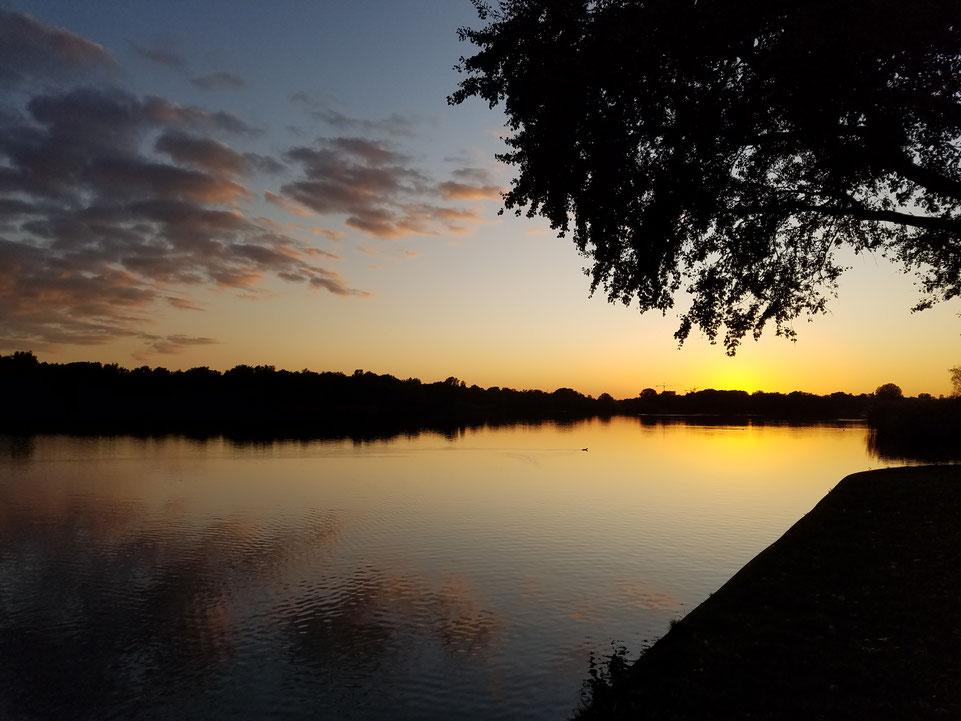 Toller Sonnenuntergang am See