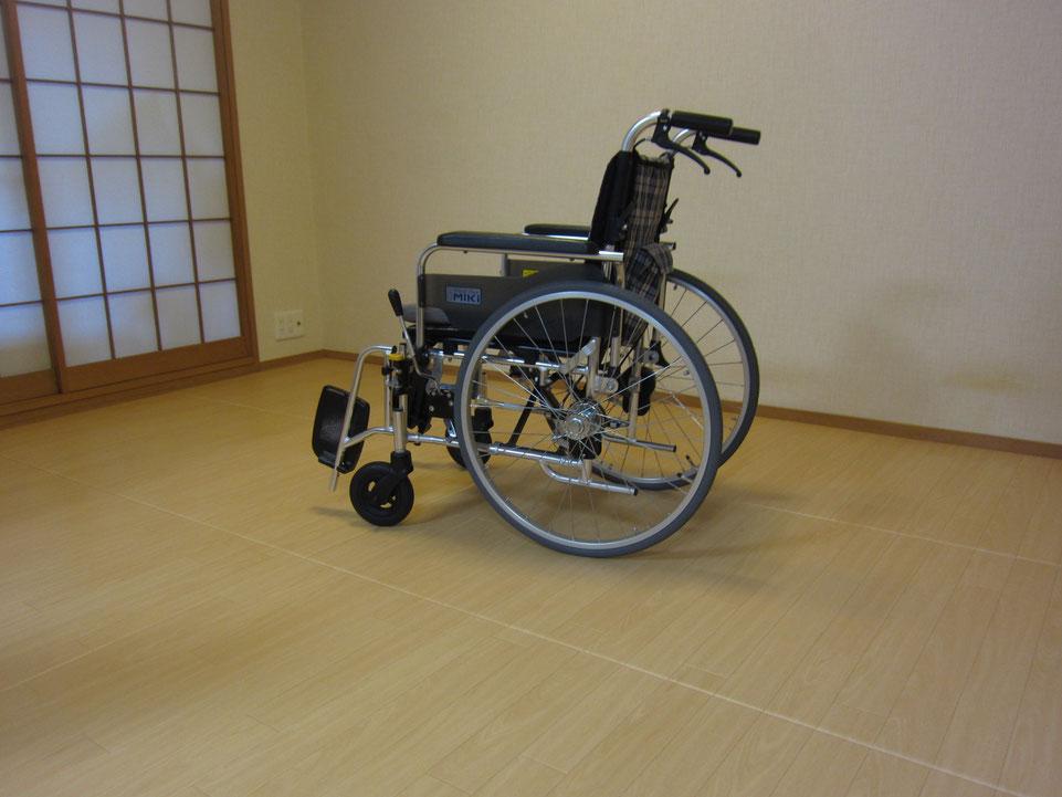 この床は、畳です。洋室が作れ、車椅子が使え、介護保険が使える畳【リフォーム畳®】です。