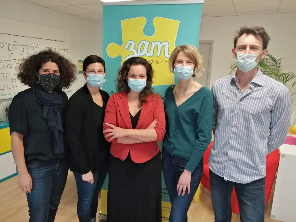 De gauche à droite : Hélène Raza, Jennifer Bellay, Typhen Ferry, présidente, Caroline Payen et Olivier Cez.