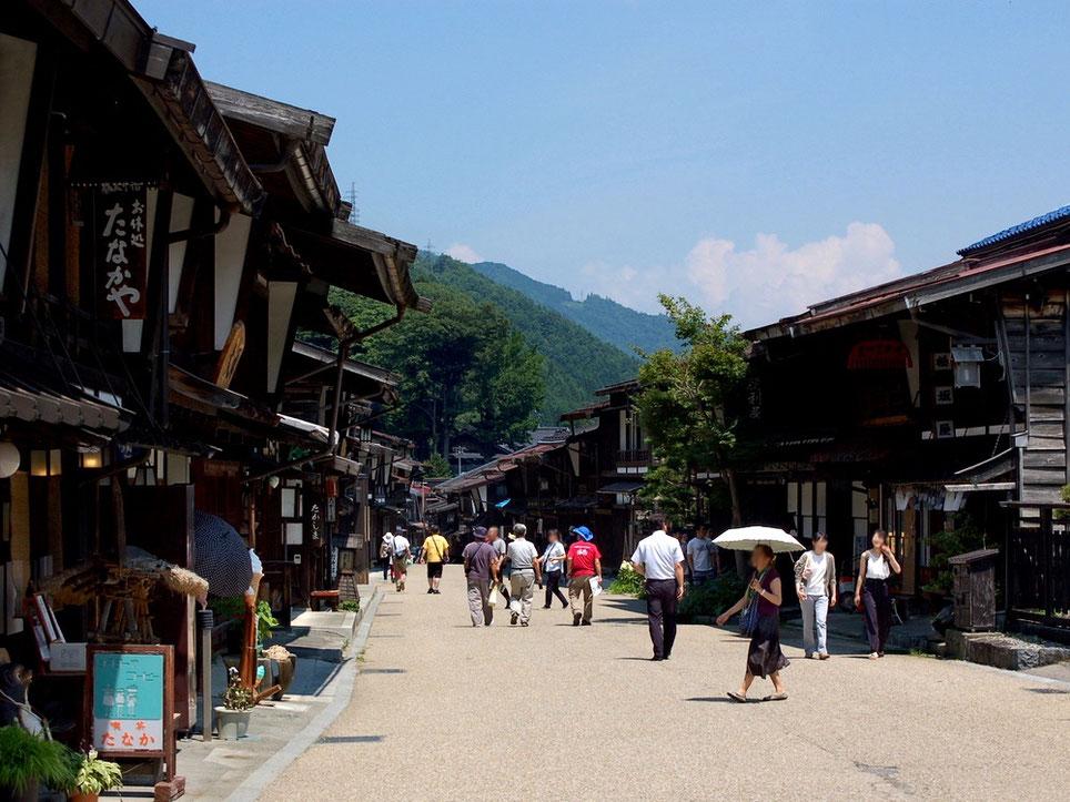 国の重要伝統的建造物群保存地区に指定されている奈良井宿。一度は行ってみたい