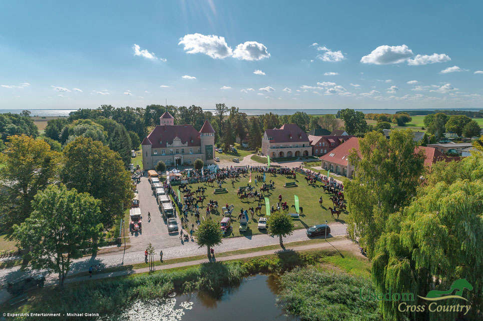 Usedom Cross Country, Schloss Stolpe, Stolper Schloss, Usedom, Reiten, Pferde, Reiten gegen den Hunger, Stelldichein, Schleppjagd, Hanomags