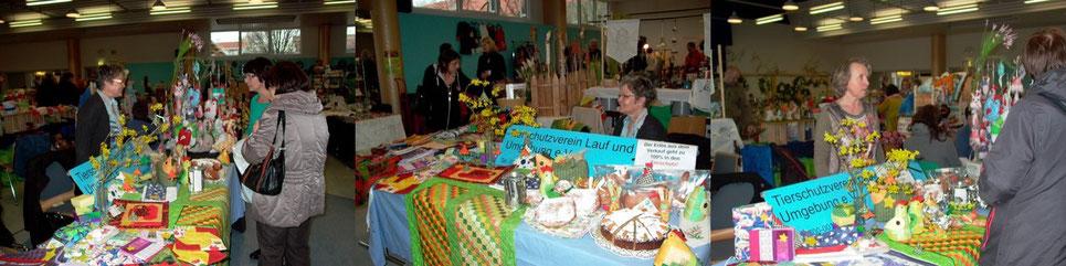 Unsere lieben Helferinnen: Frau Heisig und Frau Link im Verkaufsgespräch