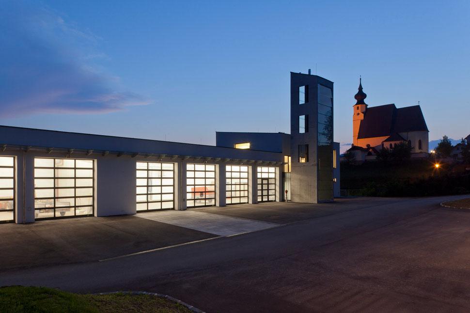 Feuerwehrhaus der Feuerwehr Steinbach am Attersee. Foto: Andrew Phelps