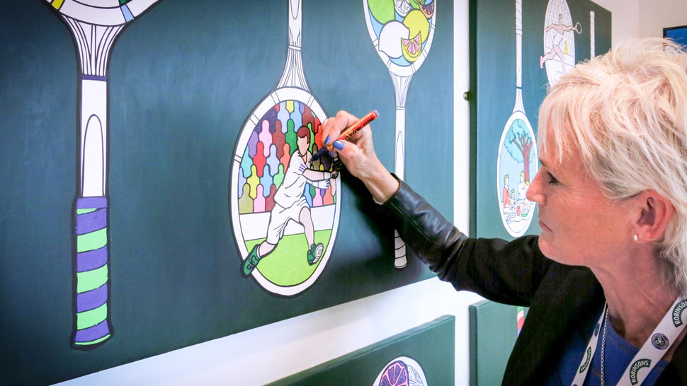 Judy Murray makes art at Wimbledon by colouring it in