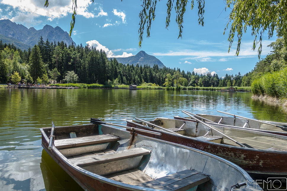 badesee ruderboote, postkartenidylle, natur, berge