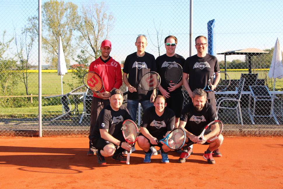Herren 30 2017 - h.v.l. Trainer Florian Aberl, Florian Kopp, Markus Jaekel, Oliver Jung, v.v.l. Jürgen Eder, Tobias Berghammer, Stephan Siegle