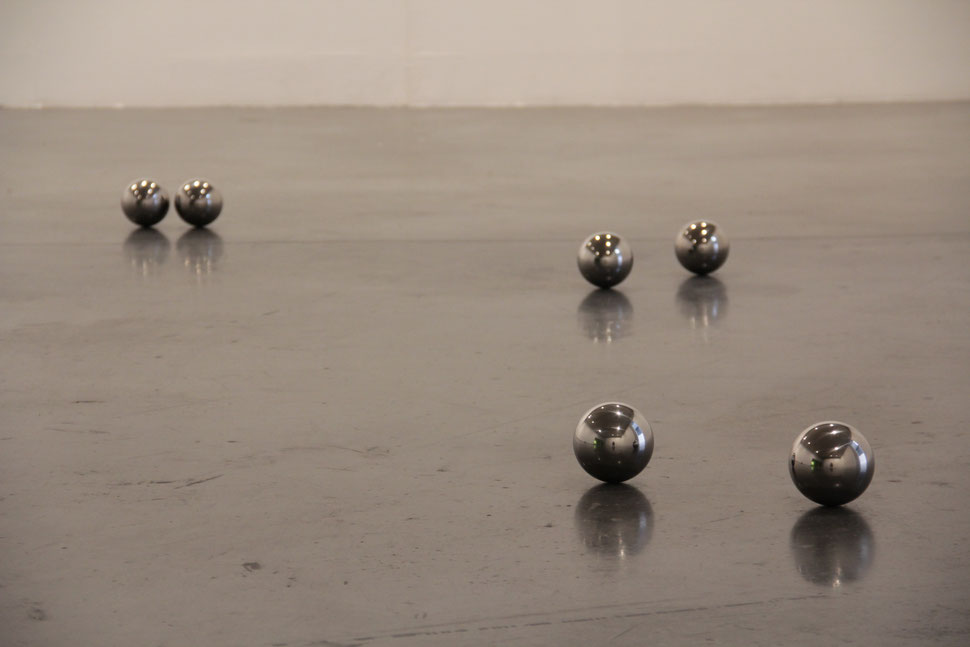 ESFERAS | Serie de 6 esferas de D.100mm | 99 D.D.
