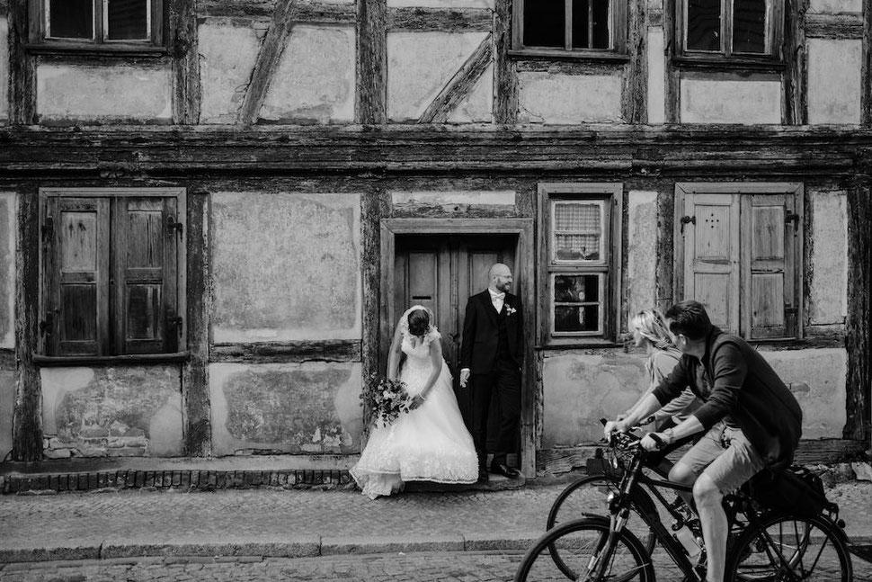 Hochzeit, Magdeburg, Thomas, Sasse, Hochzeitsfotograf, Trauung, Standesamt, Reportage, Tangermünde