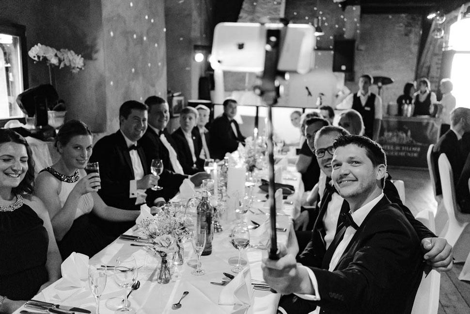 Altmark Hochzeit, Thomas Sasse, Hochzeitskleid, Hochzeitsfotograf Magdeburg, Stendal, Roexe, Schlosshotel Tangermuende, Elbe