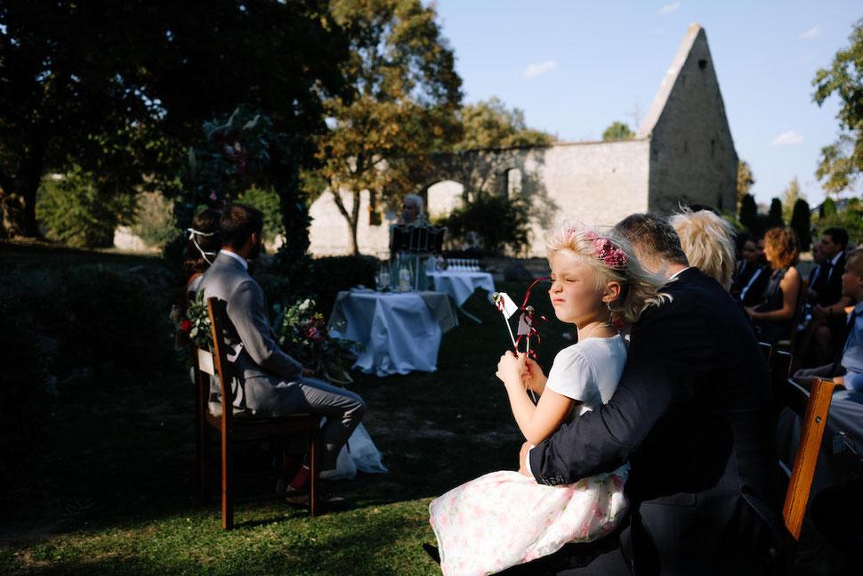 Hochzeit, Magdeburg, Thomas, Sasse, Hochzeitsfotograf, Trauung, Standesamt, Reportage, Kind, Family