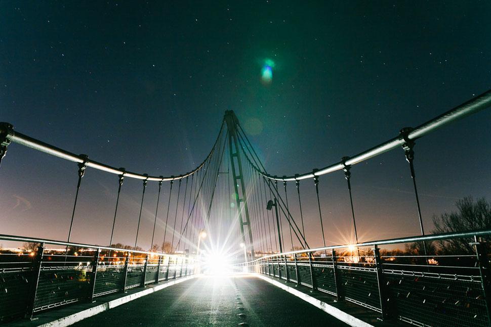 Magdeburg bei Nacht und Nebel, Thomas Sasse, Fotograf, Herrenkrug Brücke