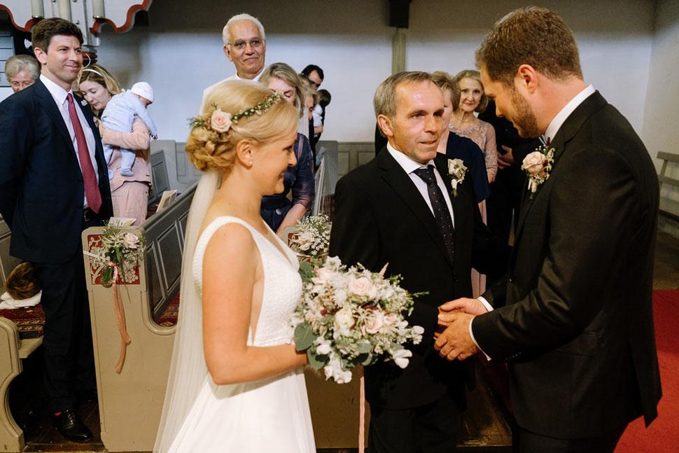 Altmark Hochzeit, Thomas Sasse, oh sweet bloom, Hochzeitsfotograf Magdeburg, Stendal, Roexe, Tangermuende, Kirche