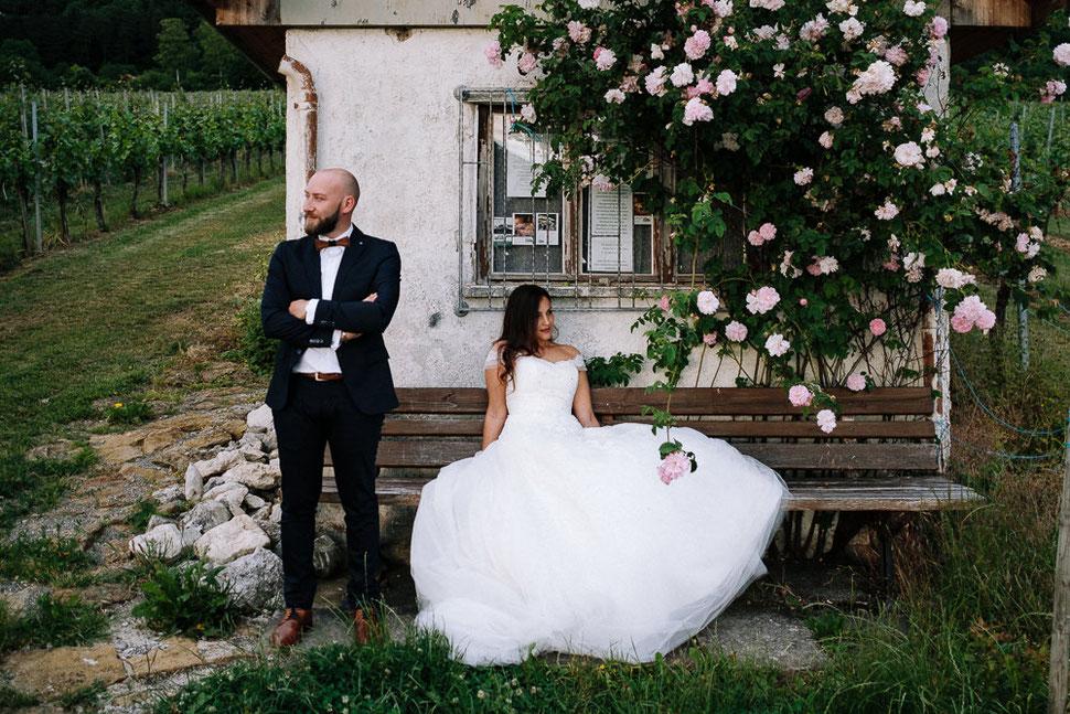 Hochzeit Afterwedding Shooting in Kirchheim unter Teck Burg Hohen Neuffen bei Stuttgart mit Hochzeitsfotograf Thomas Sasse aus Magdeburg, Weinberg mit Häuschen