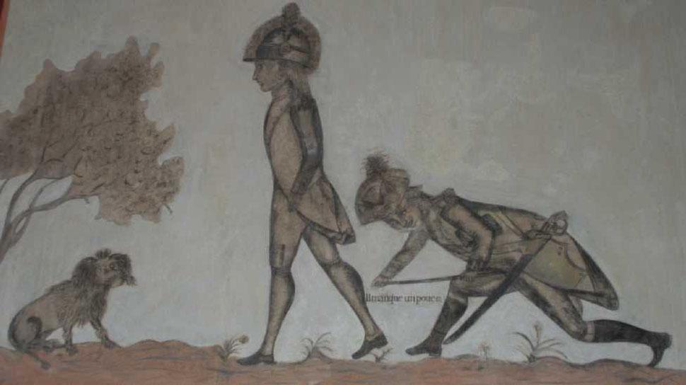 """Die Zeichnung im alten Rathaus von Neuenhaus entstand wahrscheinlich 1795/96. Ein französischer Korporal misst die Schrittlänge eines Soldaten: """"Il manque un pouce"""" (es fehlt ein Zoll)."""