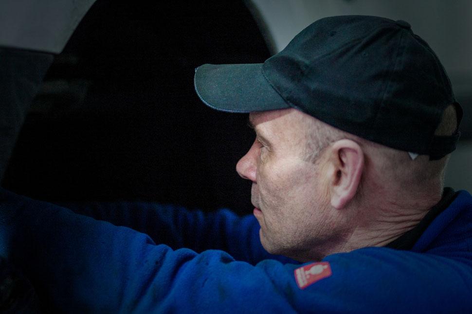 Andreas Judycki Inhaber der freien KFZ-Reparatur-Werkstatt Jentsch & Judycki in Braunschweig, Foto: ulf hartmann uncoolMedia.de