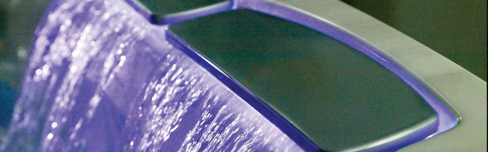 S&K GmbH Jacuzzi Whirlpool - J400 Premium ein Wasserfall an Lichtern und Farben
