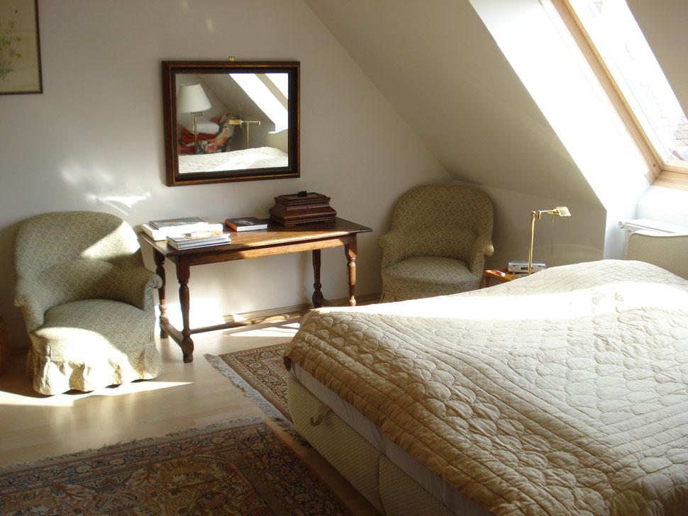 Schlafzimmer im oberen Stock