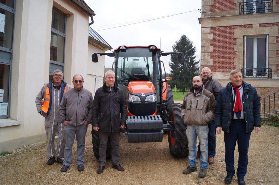 De gauche à droite : Daniel Lefèbvre, Daniel Antoine (1er adjoint au maire), Eric Assier, Damien Berté, Francis Rahir et Jacques Krabal.