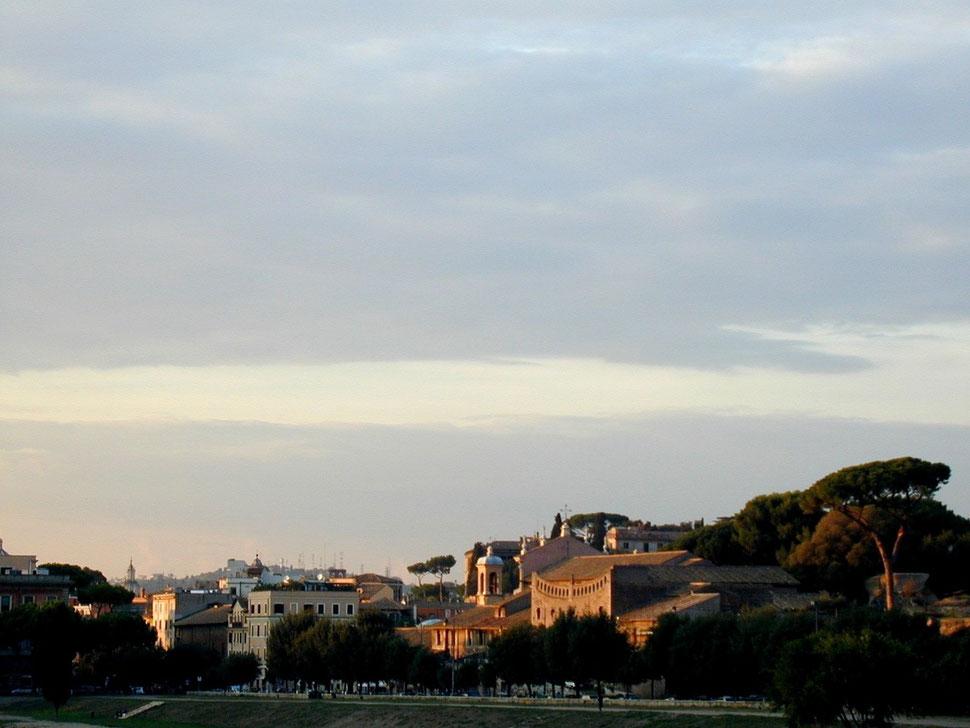 Rom, Sant´ Anastasia und Palatin, westlich der Kaiserpalastruinen