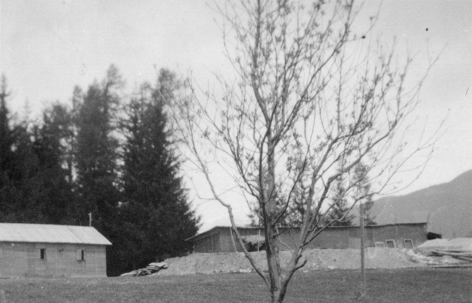 Baustelle mit Baracken - construction site with hut