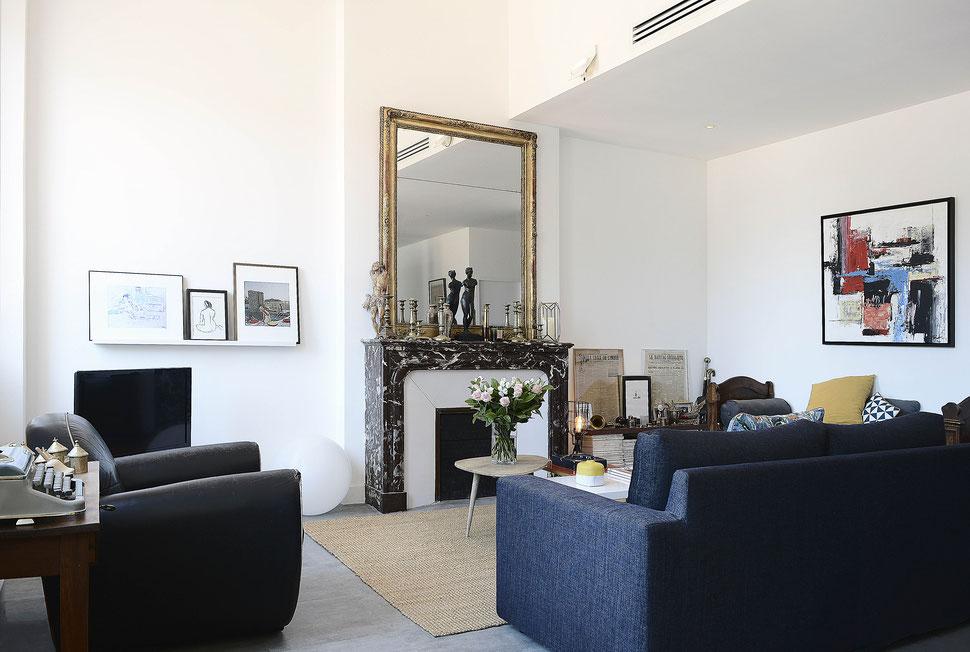 bertrand guillon architecture - architecte - marseille - appartement - rénovation - intérieur - interiordesign - cheminée - miroir doré