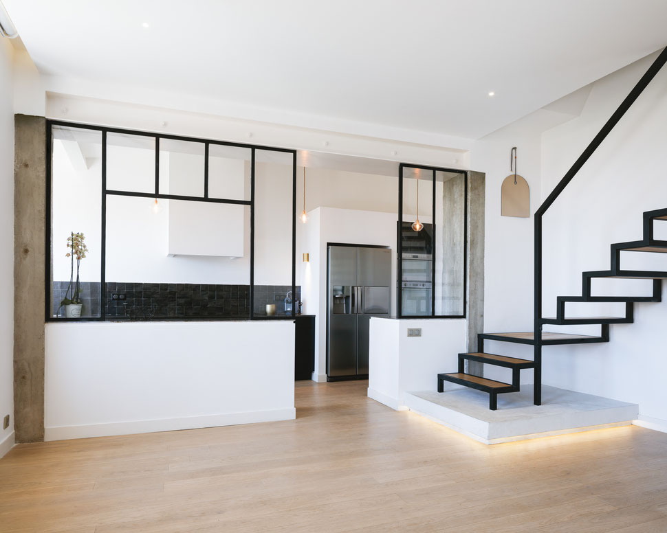 bertrand guillon architecture - architecte - marseille - MAISON GM - rénovation - intérieur - interiordesign - roucas - escalier - acier - béton - bois - verrière