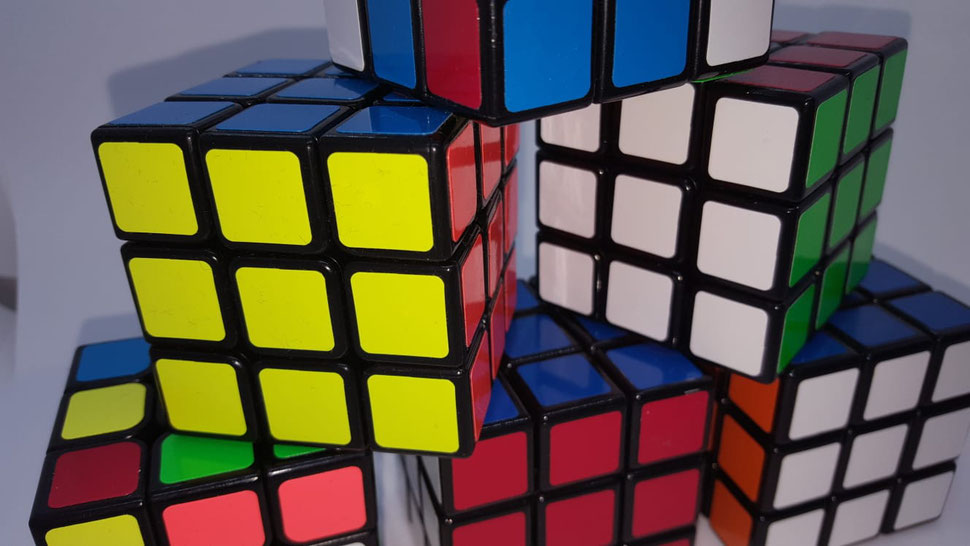 Rubiks Cube Lösung für Anfänger 3x3 lernen, Zauberwürfel schnell auflösen mit Anleitung, Zauberwürfel lösen für Kinder, Rubiks Cube Ecken drehen, Rubiks Cube Zauberwürfel lösen - Anleitung für Zauberwürfel 3 x 3, schnell lernen!