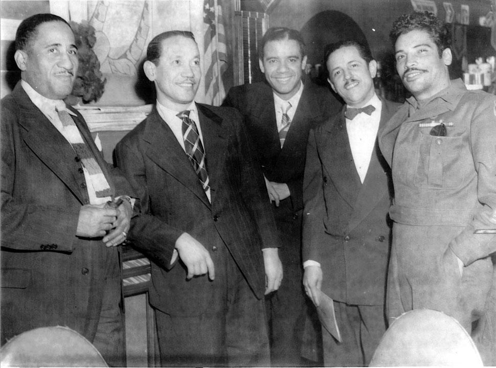 """Augusto Cohen, Ramón """"Moncho"""" Usera, Bobby Capó, Miguel Ángel Clemente y Daniel Santos, 1946."""