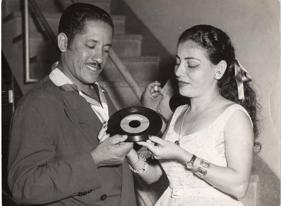 Reutilio Dominguez y Celina González.