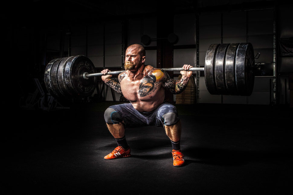Du bist der Coach Proteine Aminosäuren Team Andro Training Kniebeuge Squat