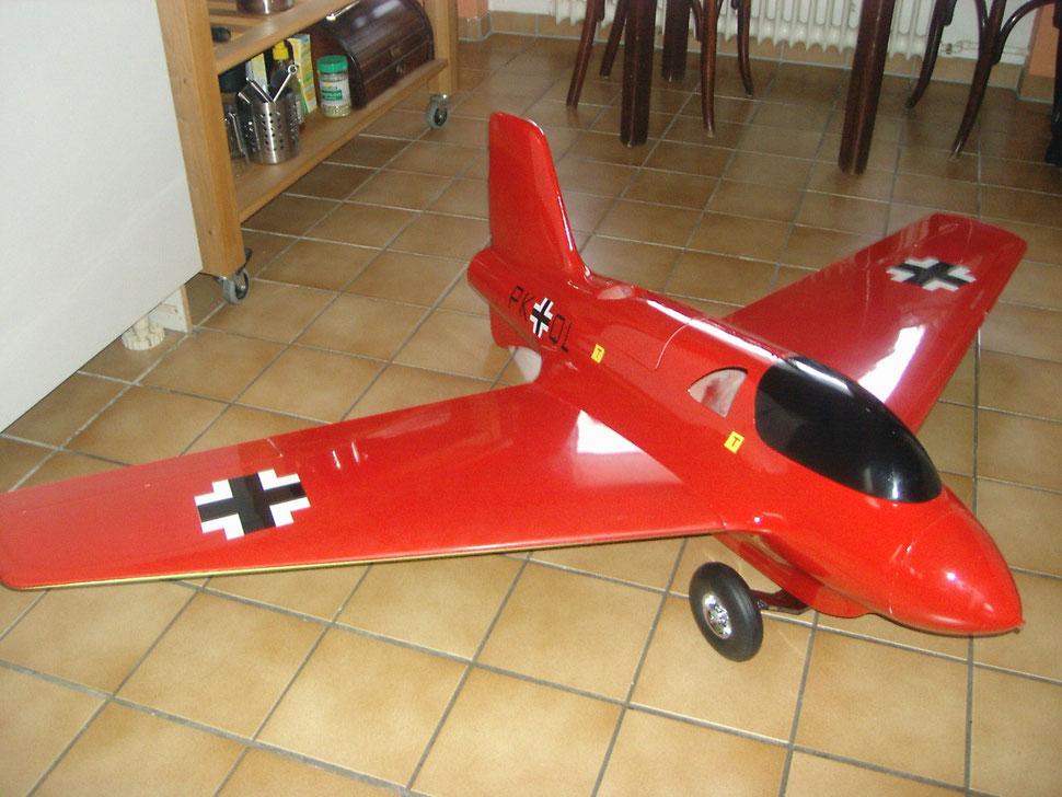 Meine Me 162 von dw Modellbau mit  140 N Turbine ! Wartet noch auf den Erstflug.