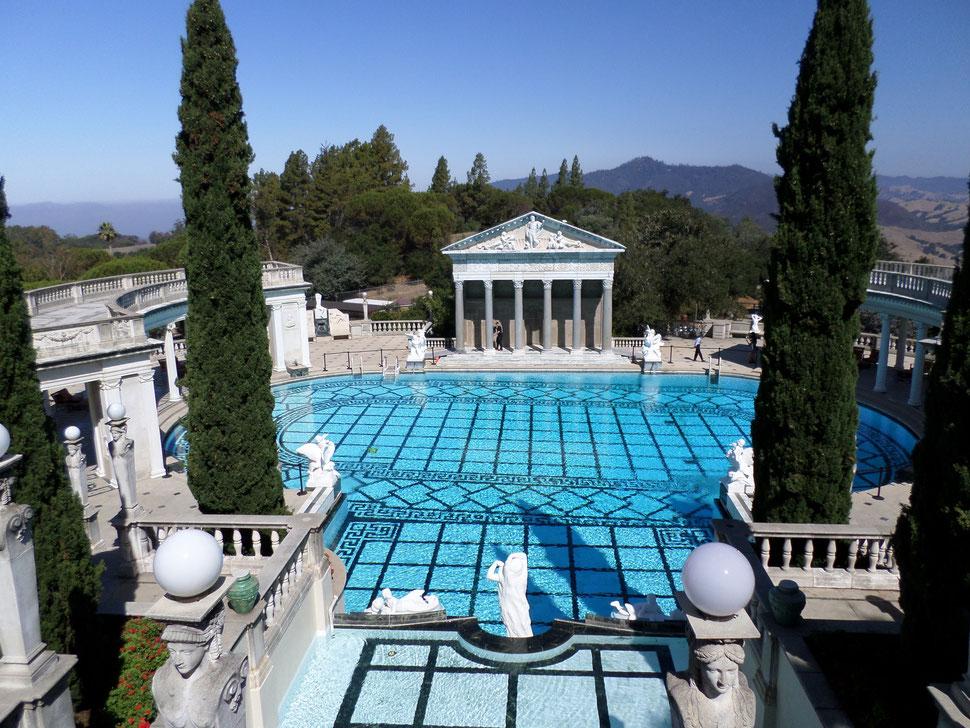 La fabuleuse piscine extérieure où les employés peuvent se baigner une fois par an !