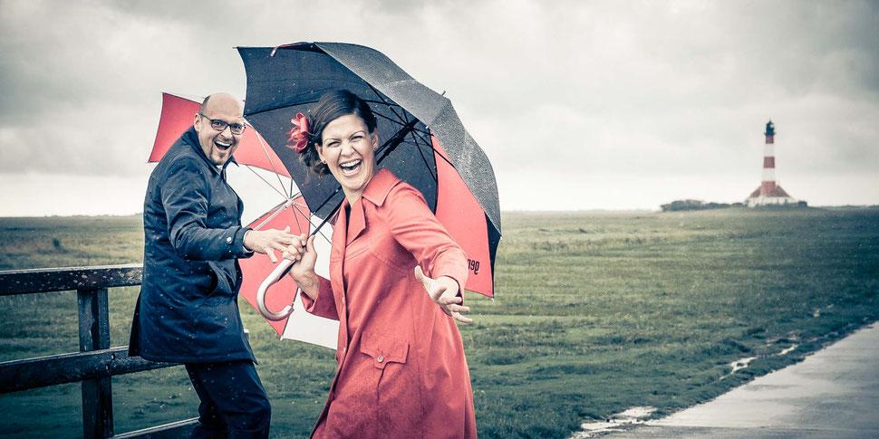 mobbys-pics.com, fotograf, westerhever leuchtturm, hochzeit, heiraten, regen