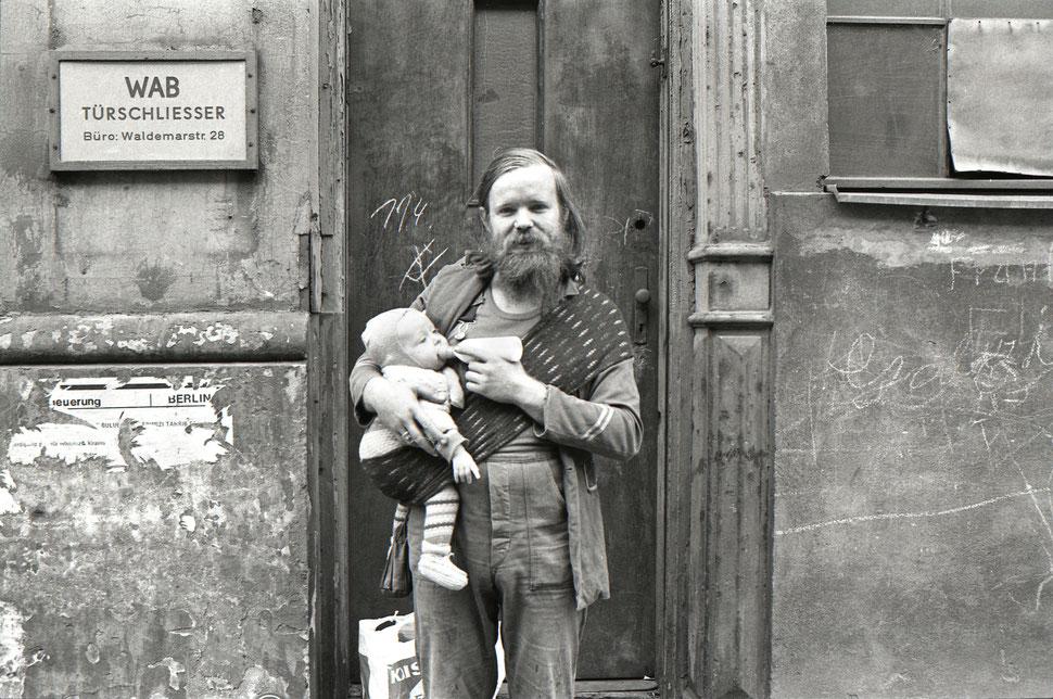Siebrand Rehberg: Mann mit Kind in SO 36