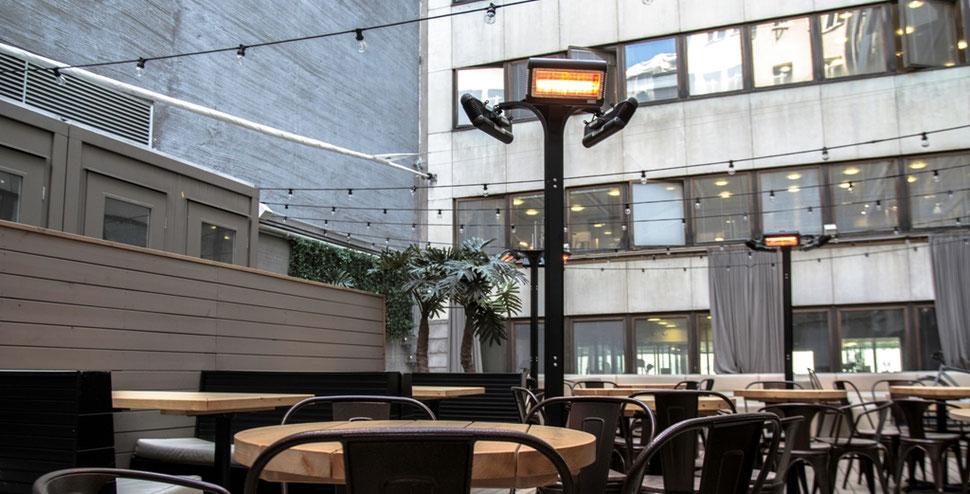 Tansun Terrassenheizung  freistehend in der Gastronomie