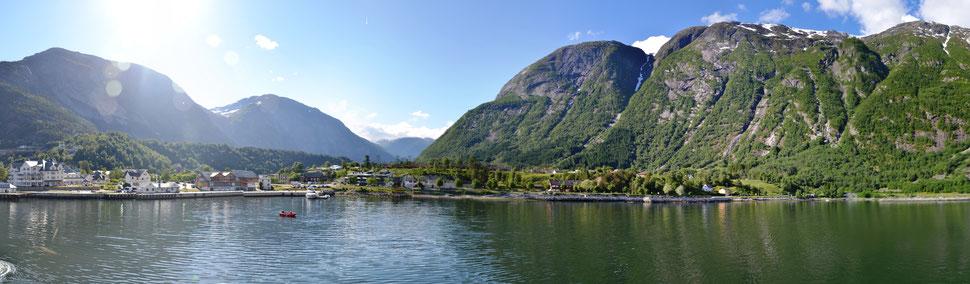 Blick auf den Ort Eidfjord