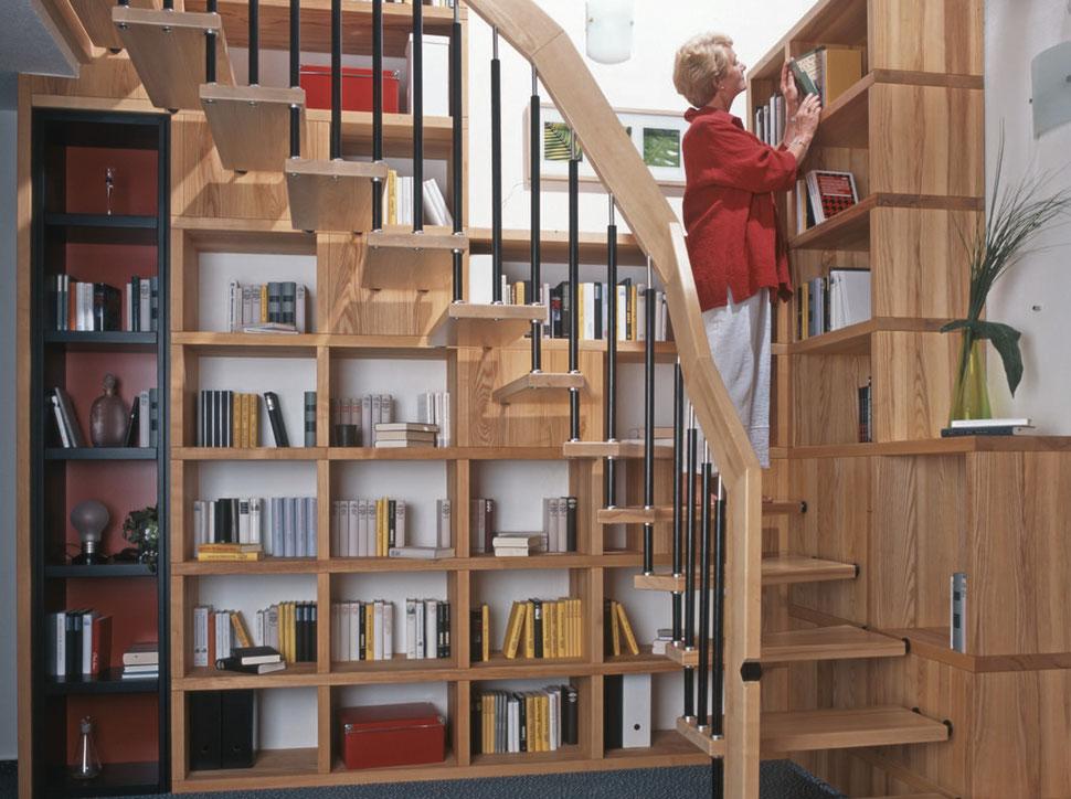 Holztreppe aus Eschenholz, Eschenholztreppe, Treppe aus Esche