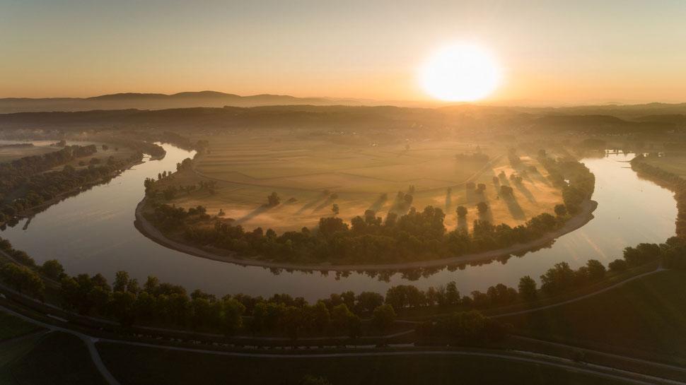 Sonnenaufgang Mühlauer Donauschleife Foto Josef Baumgartner