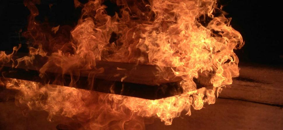 Rauch Holz - karbonisiertes Holz by HandHolzWerk - shou sugi ban neu definiert